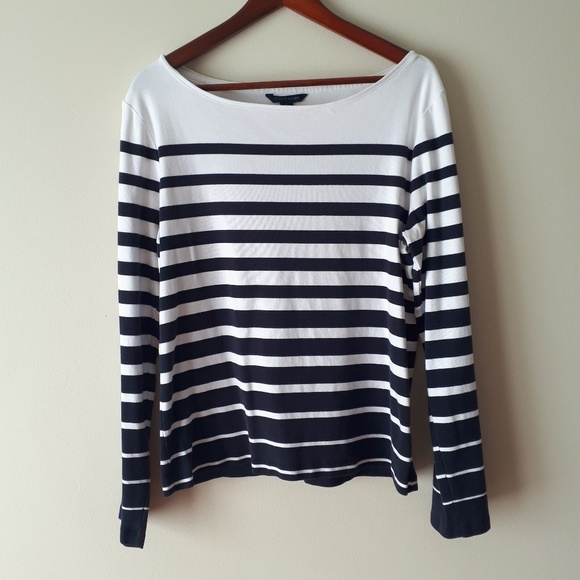Tommy Hilfiger Tops - 💥Tommy Hilfiger Striped Boatneck Top💥